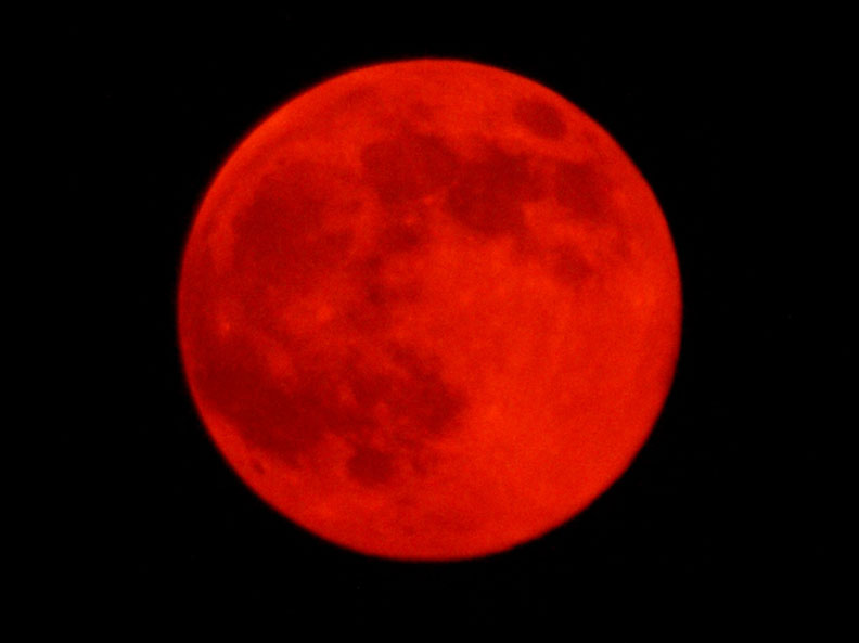 red moons - photo #22